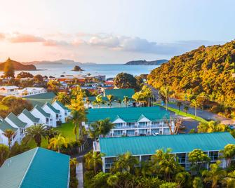 Scenic Hotel Bay Of Islands - Paihia - Pool