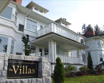 Crown Mansion Boutique Hotel & Villas - Qualicum Beach - Building