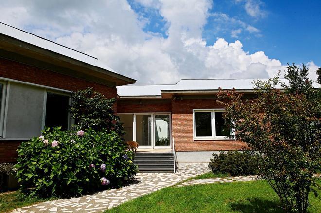 Villa Silvia Olivetti - Banchette - Building