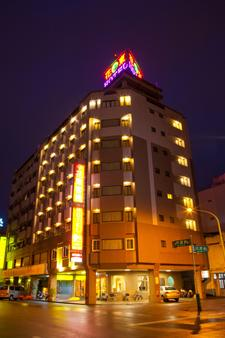 Hua Tong Hotel - Hualien City - Building