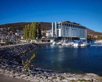 Best Western PREMIER Hotel Beaulac - Невшатель - Building