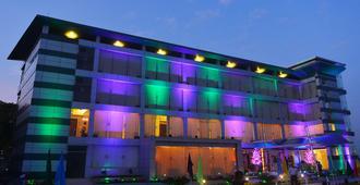 Brisa Marina Cbc Resort - Chittagong