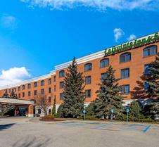 La Quinta Inn & Suites by Wyndham Madison American Center