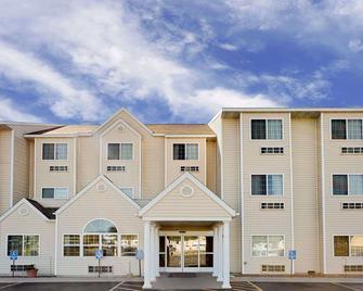 Microtel Inn & Suites by Wyndham Prairie du Chien - Prairie du Chien - Gebouw