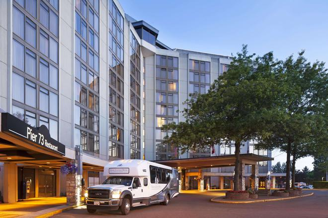 Pacific Gateway Hotel at Vancouver Airport - Richmond - Building