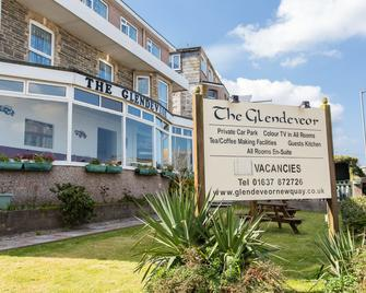 The Glendeveor - Newquay - Building
