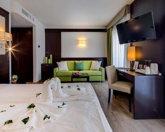 Best Western Hotel Adige - Тренто - Спальня