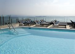 Park Hotel - Desenzano del Garda - Havuz