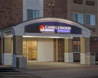 Candlewood Suites Indianapolis - South - Greenwood - Building