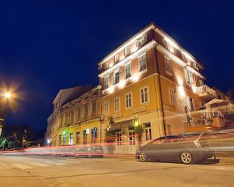 Hotel Scaletta - Πούλα - Κτίριο