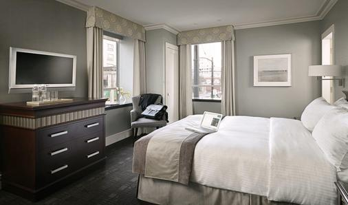 The St. Regis Hotel - Vancouver - Bedroom