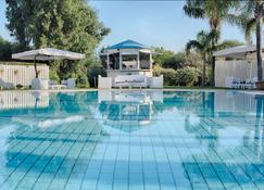 NH Catania Parco Degli Aragonesi - Catania - Bazén