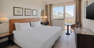 卡塔尼亞 NH 帕可德利亞拉戈尼希酒店 - 卡塔尼亞 - 卡塔尼亞 - 臥室