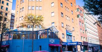 Travelodge Belfast - Belfast - Edificio