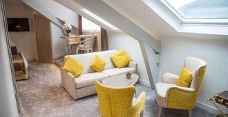 Best Western Beausejour - Lourdes - Living room