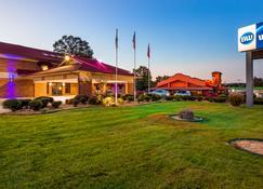 Best Western Jacksonville Inn - Jacksonville - Building