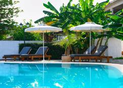 Aquarius Beach Eco-Hotel - Mesoggi - Pool