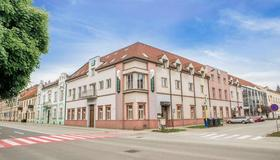 Hotel TeleDom & Conference Center - Košice - Edificio