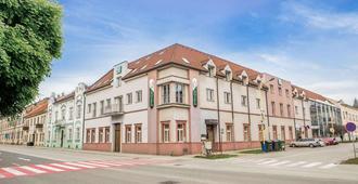 Hotel TeleDom & Conference Center - Košice - Bâtiment