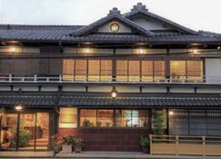 료칸 사와야 혼텐 - 교토 - 건물