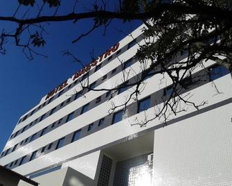 Hotel Maestro Villa Do Lago Toledo - Toledo - Building