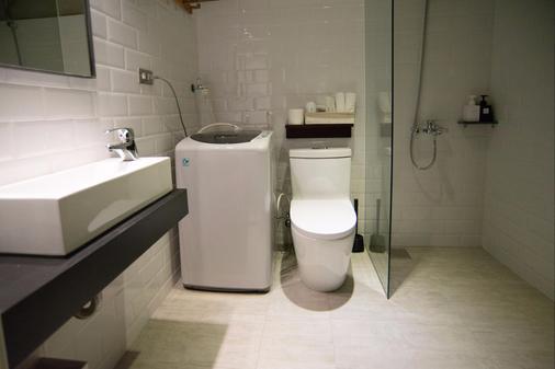 氧氣旅店 M12館 - 台北 - 浴室