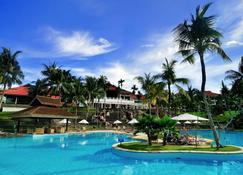 Bintan Lagoon Resort - Lagoi - Piscina