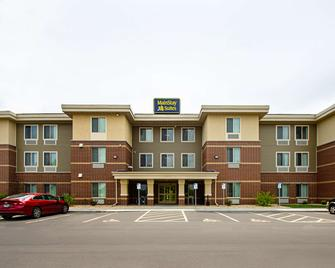 Mainstay Suites Extended Stay Hotel Madison East - Madison - Building