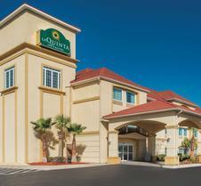 La Quinta Inn & Suites by Wyndham Kingsland/Kings Bay