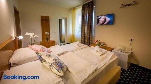 Eden 3 & Eden 4 - Predeal - Bedroom