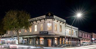 The State Hotel - New Plymouth - Building