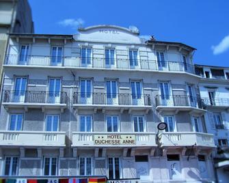 Hotel Duchesse Anne - Лурд - Building