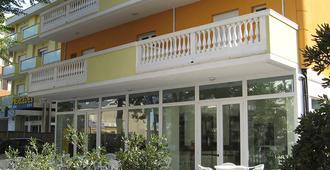 Hotel Villa Linda - Риччионе - Здание