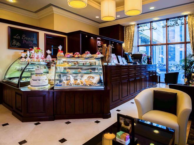 瑪吉里斯阿布扎比美爵住宅酒店 - 阿布達比 - 阿布達比 - 自助餐