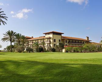Elba Palace Golf & Vital Hotel - Antigua - Building