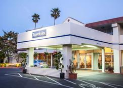 Travelodge by Wyndham Monterey Bay - Monterey - Bangunan