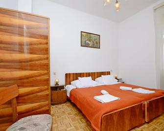Apartment And Rooms Dragana - Vela Luka - Bedroom