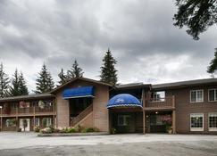 Best Western Country Lane Inn - Juneau - Rakennus