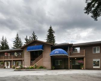 Best Western Country Lane Inn - Juneau - Edificio
