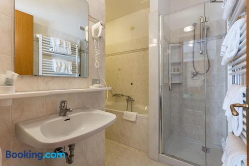 Hotel La Terrazza - Assisi - Bathroom