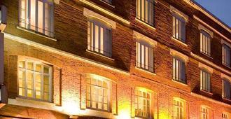 Hôtel Raymond 4 Toulouse - Toulouse - Gebouw