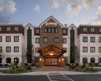 Staybridge Suites Reno - Reno - Building