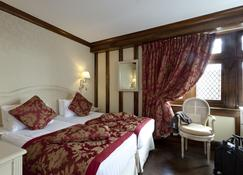 Auberge Saint-Pierre - Le Mont-Saint-Michel - Bedroom