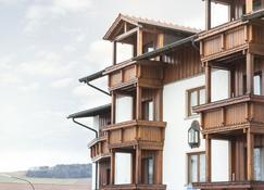 Nichtraucher-Ferienhotel Hohen Bogen - Neukirchen beim Heiligen Blut - Building