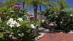 Manatee Bay Inn - Fort Myers Beach - Näkymät ulkona