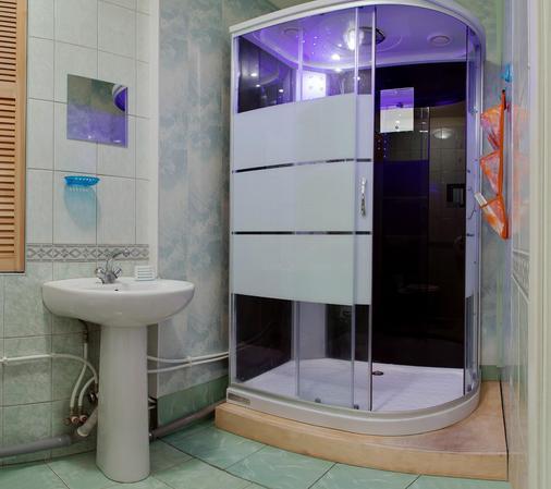 艾爾雅帕如斯酒店 - 聖彼得堡 - 浴室