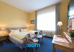 Atlantic Hotel Garni - Wangerooge - Bedroom