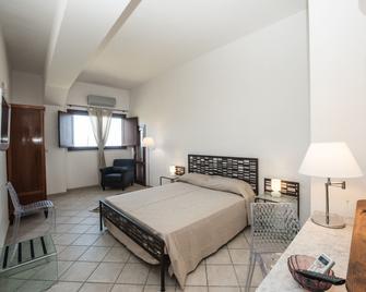 Casale Belvedere - Valderice - Habitación