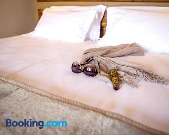 Desert Quiver Camp - Sesriem - Bedroom