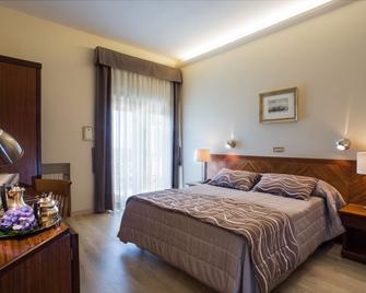 Cacciani Hotel - Frascati - Schlafzimmer